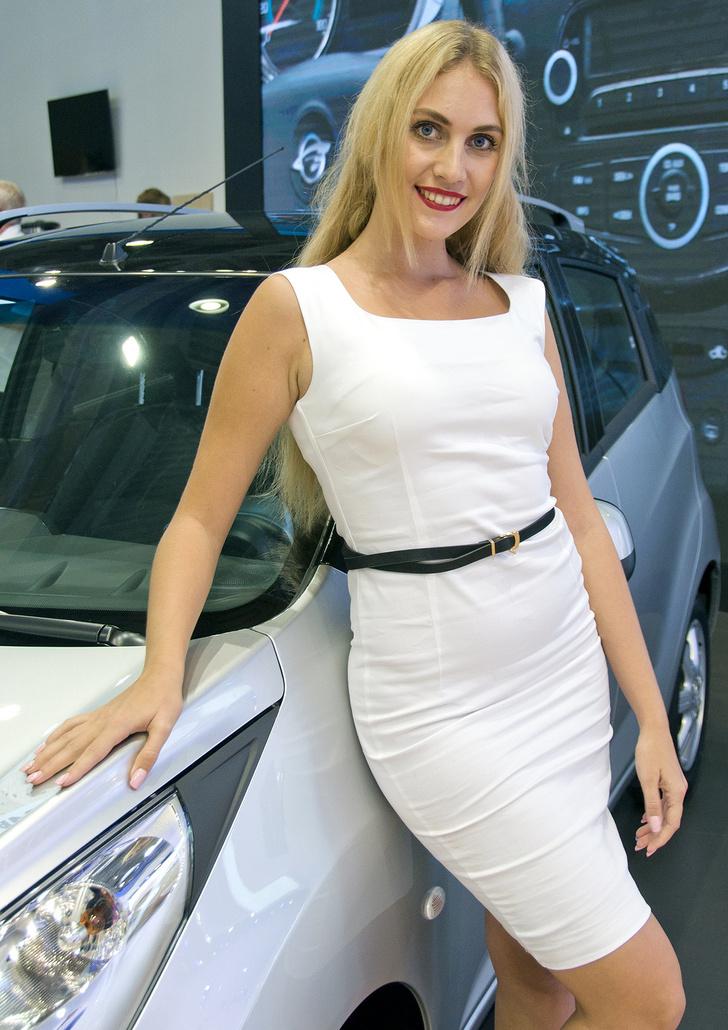 Фото №13 - Лучшие девушки Московского международного автосалона — 2016! Часть 2!