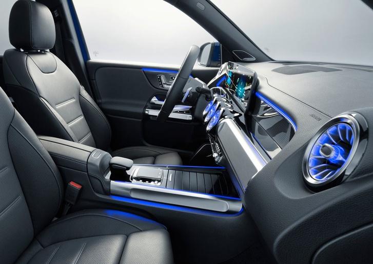 Фото №6 - Mercedes-Benz GLB: внедорожников не может быть слишком много