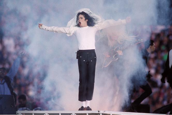 Майкл Джексон возглавил список самых богатых покойных звезд 2016 года