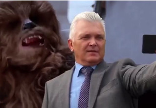 Новокузнецкие чиновники сняли ОЧЕНЬ СТРАННОЕ ВИДЕО ко Дню города с персонажами «Звездных войн»