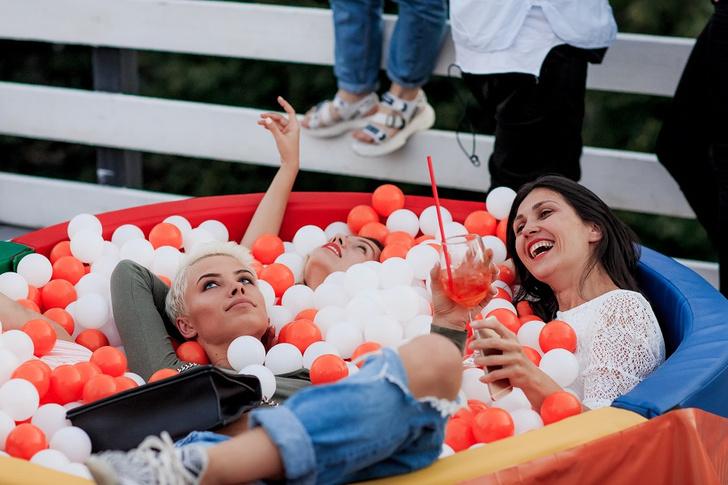 Фото №2 - Aperol организует оранжевые вечеринки