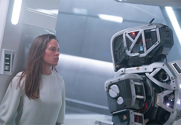 Фото №1 - MAXIM посмотрел фантастический триллер «Дитя робота» и делится увиденным