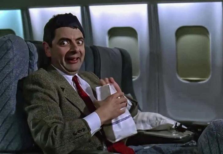 Фото №1 - Как выспаться в эконом-классе самолета — советы эксперта