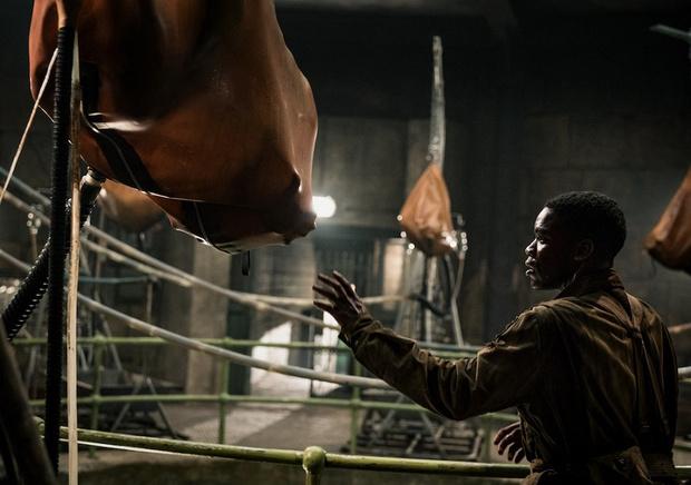 Фото №3 - Звездная качалка: борись со сверхъестественным, как герои «Оверлорд»