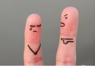 Ученые установили, как вычислить изменщицу по пальцам