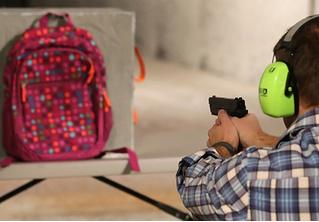 В США в продаже появились пуленепробиваемые ранцы для школьников