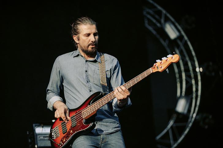 Фото №38 - Что творилось на недавних концертах Red Hot Chili Peppers, Ланы Дель Рей, «Сплина» и других рокеров