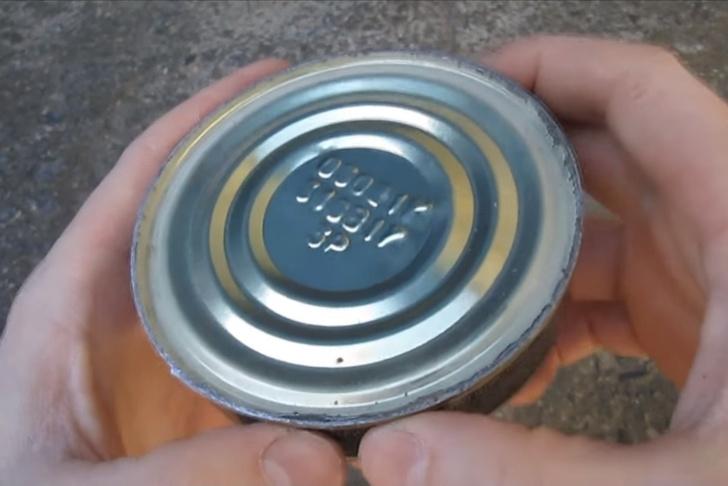 Фото №3 - Как открыть консервы без открывашки: 2 проверенных способа (видео)