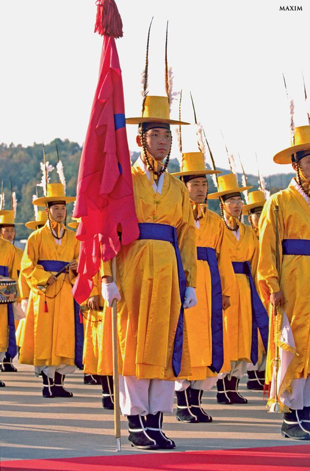 Фото №8 - Военные и смешные: самая чудная форма армий мира