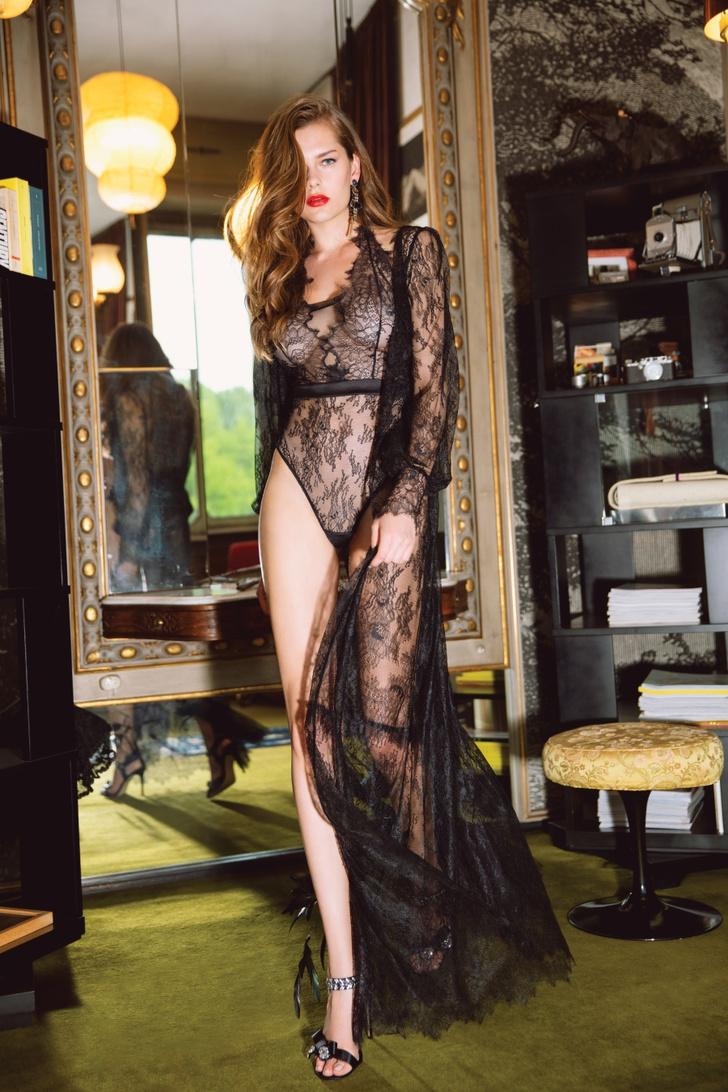 Фото №13 - Как одеть девушку в крутое белье: один, но дельный, способ от Incanto