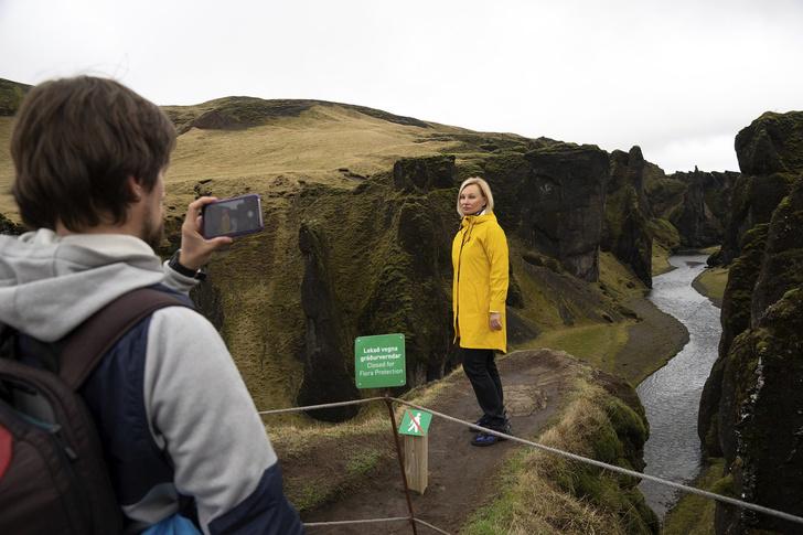 Фото №3 - Одно из красивейших мест Исландии продолжают вытаптывать  из-за Джастина Бибера (фото)