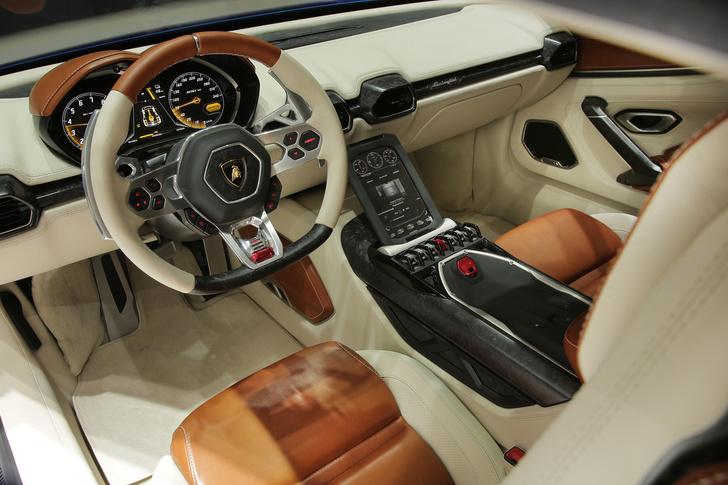 Фото №2 - Гибрид Минотавра. Lamborghini Asterion — мощный суперкар с древнегреческими корнями