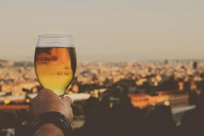 Фото №1 - И самым популярным в мире пивом становится...