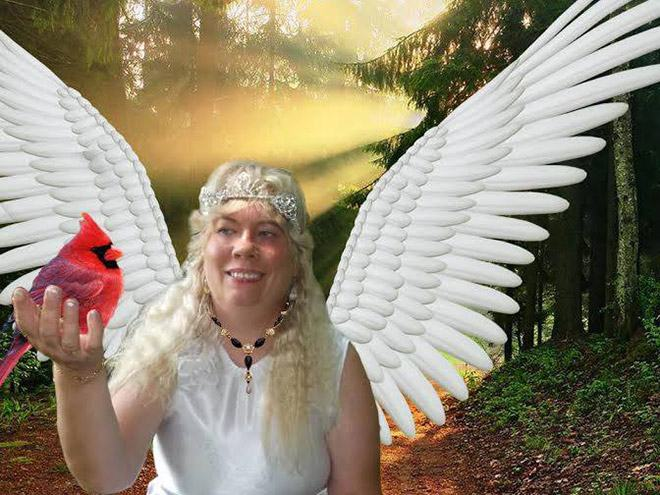 Фото №13 - Богиня Фотошопа: женщина поразила пользователей Facebook  своими фотографиями