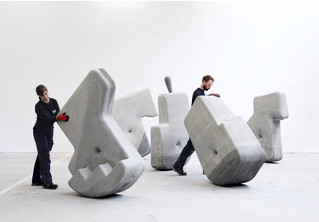 В Кембридже разработали тяжеленные бетонные блоки, которые можно перемещать руками в одиночку (видео)