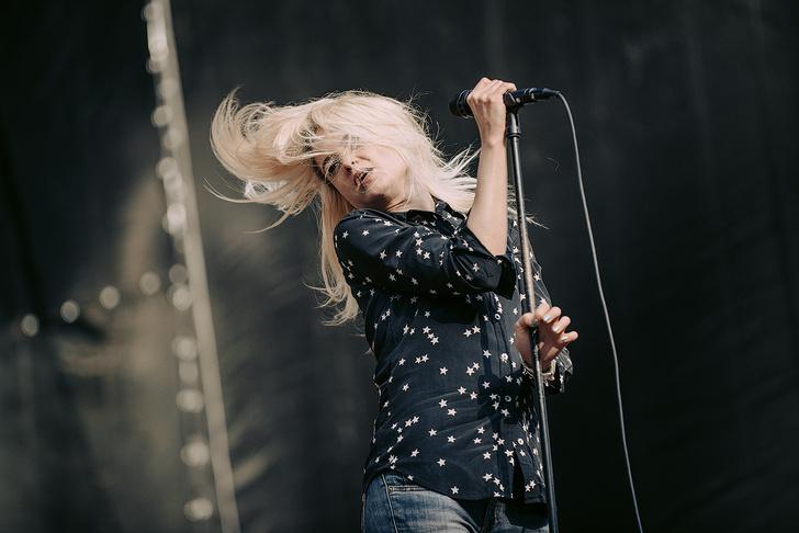 Фото №23 - Что творилось на недавних концертах Red Hot Chili Peppers, Ланы Дель Рей, «Сплина» и других рокеров