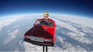 Картонный Рогозин слетал в космос