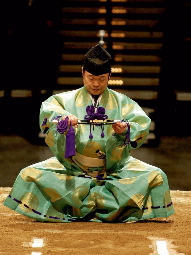 Фото №3 - Сумо: весомая статья о японской борьбе