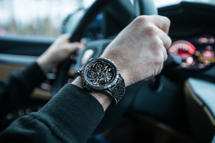 Фото №3 - Новые зимние шины Pirelli вдохновили Roger Dubuis на создание шипованных часов