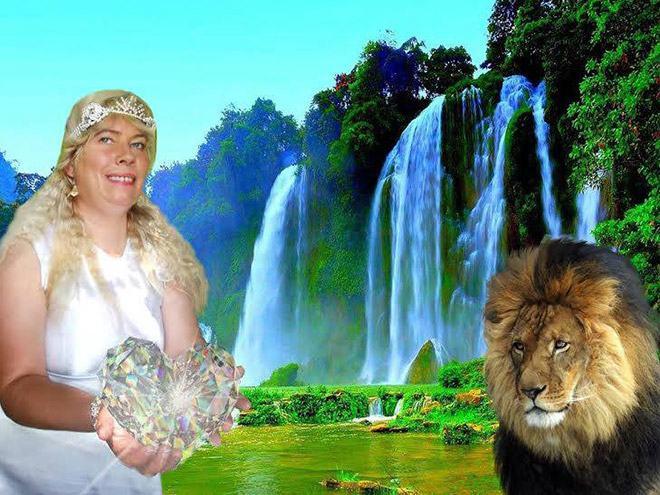 Фото №14 - Богиня Фотошопа: женщина поразила пользователей Facebook  своими фотографиями