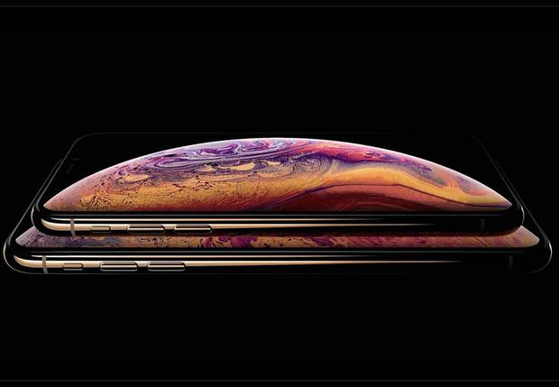 Фото №1 - IPhone XS и IPhone XS Max: подробности, которые ты мог пропустить