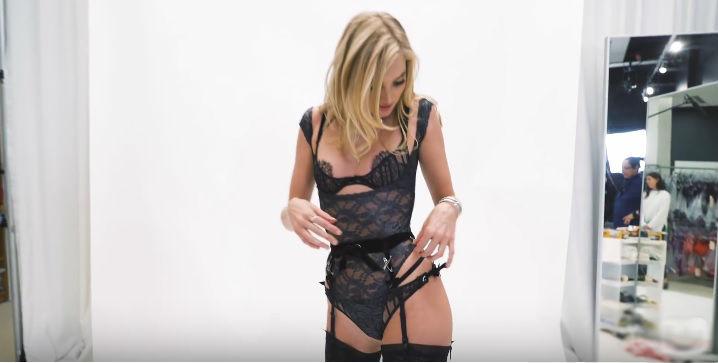 Фото №3 - Модели Victoria's Secret в костюмах супергероев и другие самые сексуальные девушки этой недели