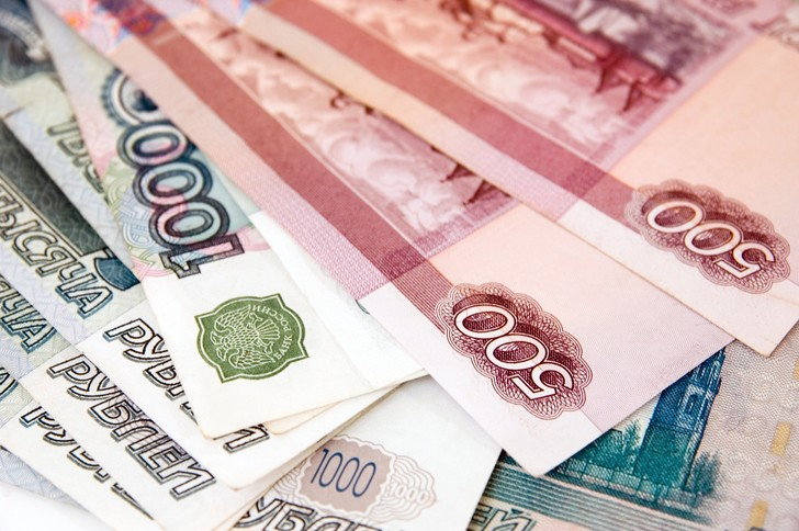 Фото №1 - Самые богатые жены российских чиновников