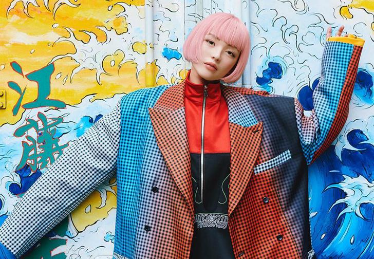 Фото №1 - Модель из Японии завоевывает соцсети и попадает на обложки журналов, но на самом деле не существует