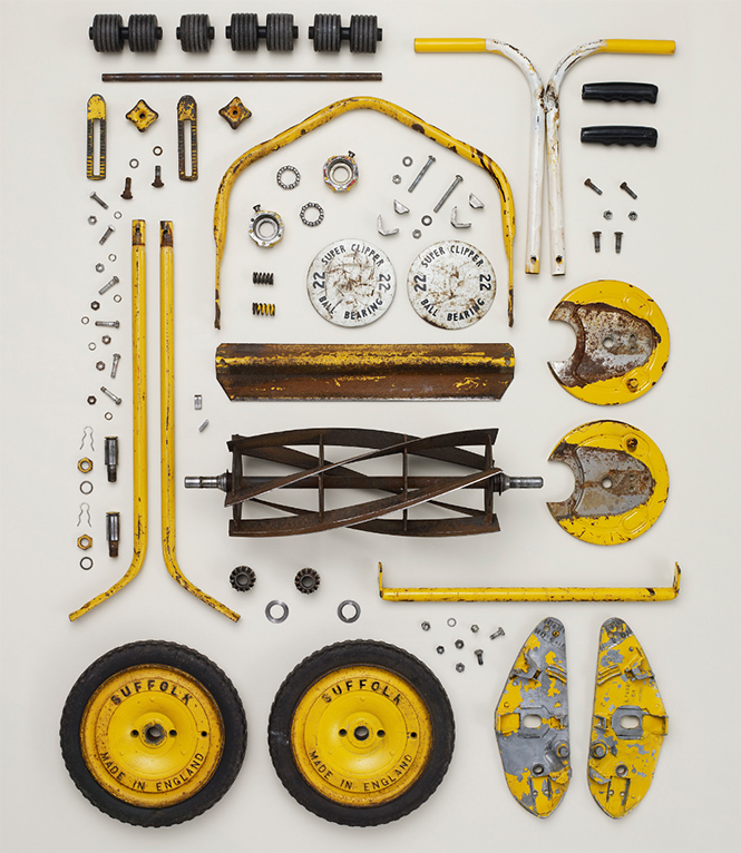 Фото №7 - 10 предметов, разобранных на части: от бензопилы до огнетушителя
