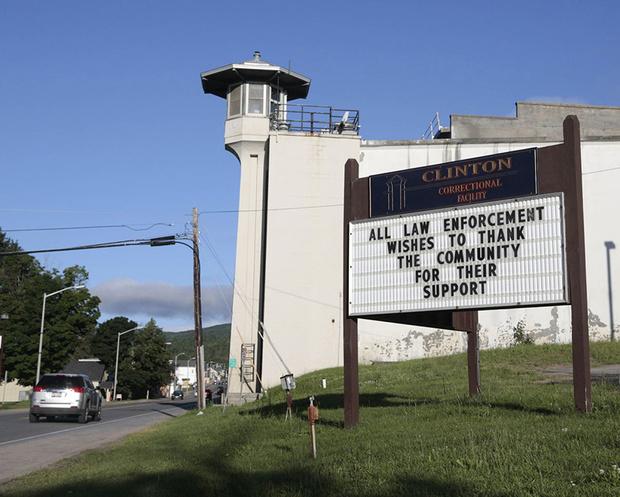 Фото №2 - Труба зовет: реальная история, ставшая основой сериала «Побег из тюрьмы Даннемора»