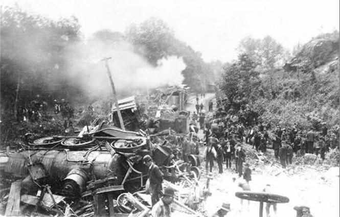 Фото №3 - Самые впечатляющие фото железнодорожных катастроф