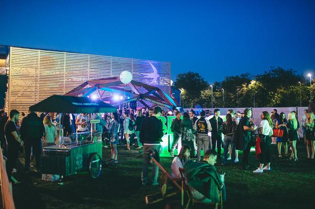 22 июля в обновленном парке спорткомплекса «Лужники» прошел летний фестиваль музыки и активного образа жизни «Ласточка».