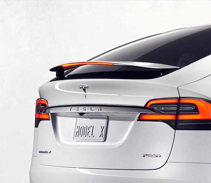 Фото №5 - Tesla показала свой новый кроссовер Tesla Model X