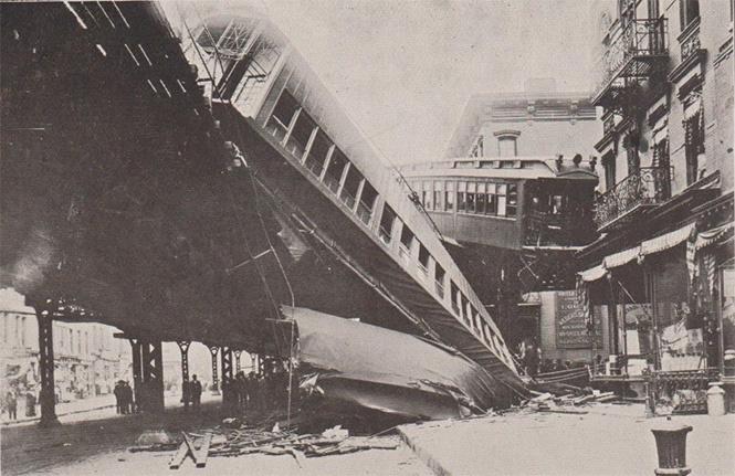 Самые впечатляющие фото железнодорожных катастроф
