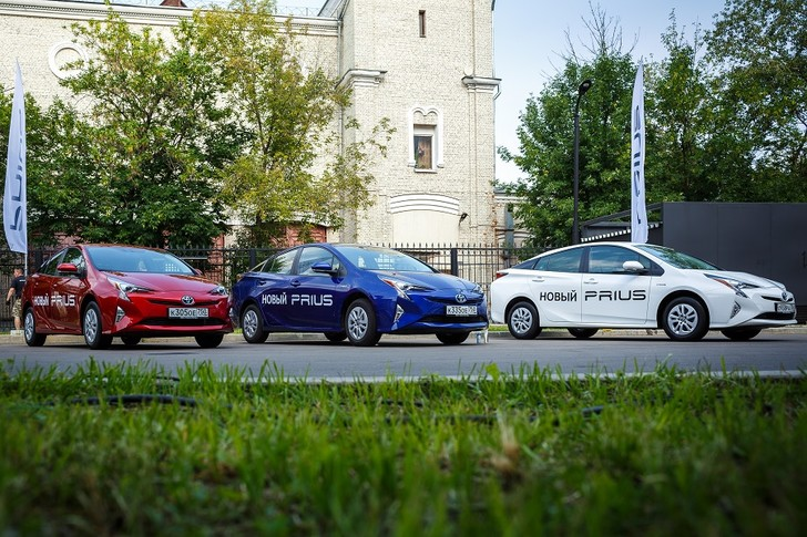 Фото №1 - Тест-драйв Toyota Prius пройдет в ведущем инжиниринговом центре страны