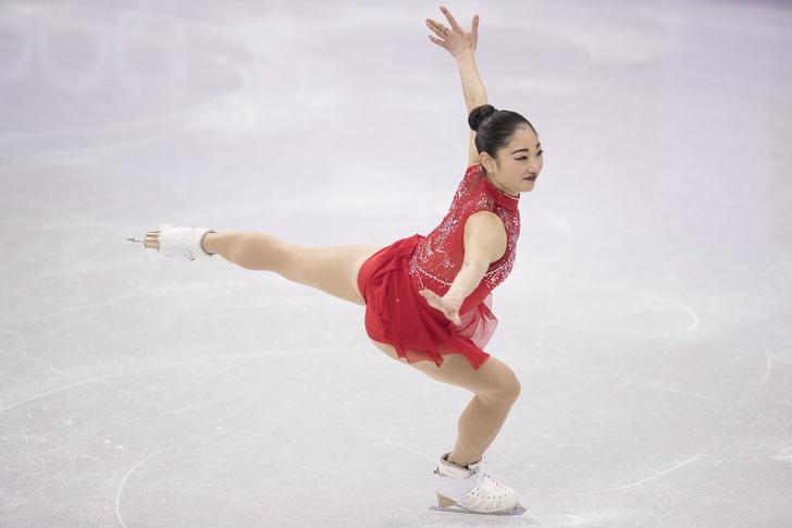 Фото №1 - Два года назад она была на подтанцовке в хоккее, а теперь взяла медаль Олимпиады!