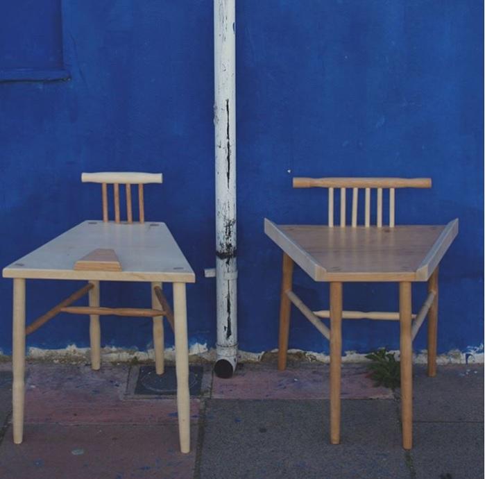 Фото №2 - Студентка создала стулья для борьбы с мэнспредингом