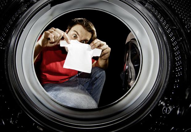 Фото №3 - Жить в футболке: как правильно выбрать, носить, стирать и хранить футболки