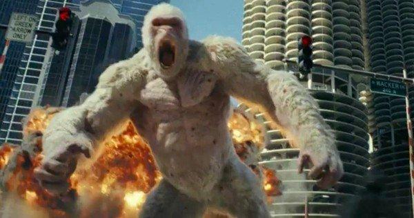 Фото №1 - Дуэйн Скала Джонсон против гигантского монстра! Неистовый трейлер «Рэмпейдж»