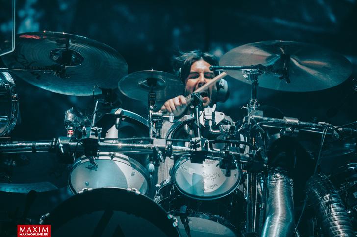 Фото №27 - Вопли рока. Что творилось на концерте Linkin Park