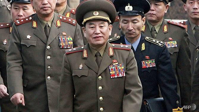 Фото №1 - Южнокорейские парламентарии просят порубить на куски северокорейского делегата на Олимпиаду