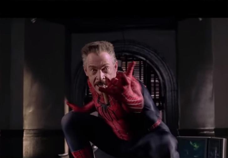Фото №1 - Питеров Паркеров из разных фильмов про Человека-паука объединили в одну киновселенную (видео)