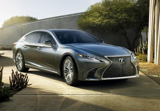 Фото №1 - Новые трюки Lexus: новейшее поколение японского флагмана LS500