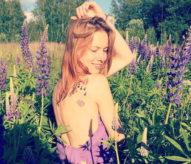 Фото №3 - 9 самых остроумных и красивых девушек «Твиттера»