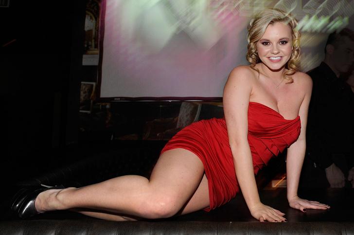 Фото №2 - Самые богатые порноактрисы