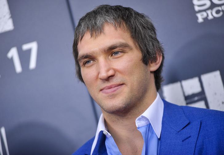 Фото №1 - Овечкин вошел в ступор. Что случилось с самым известным хоккеистом России?