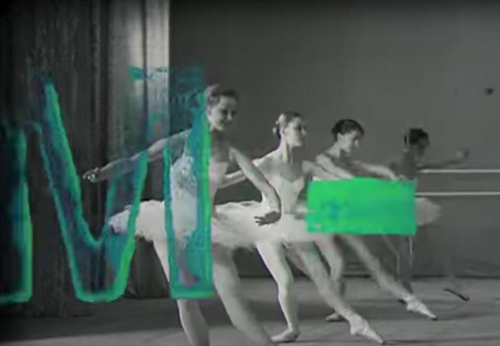 Фото №1 - The Beatles живы! У группы вышел новый клип на песню Back in USSR