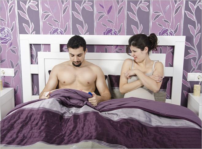 Фото №1 - В постели с предателем. Как перестать бояться и победить импотенцию