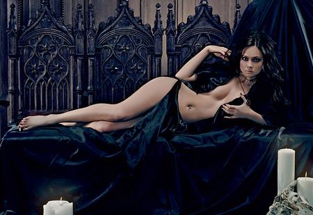 Настасья Самбурская из сериала «Универ» — студентка, сатанистка и просто красавица