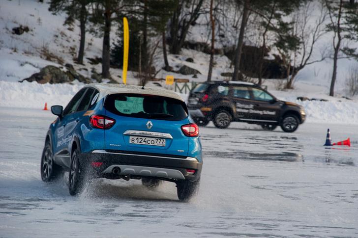 Фото №14 - Renault Koleos для России засветился до премьеры